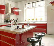 70平米房最省钱的装修厨房红色橱柜装修效果图片