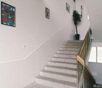 小学学校楼梯装修图
